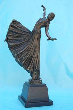 Especialistas en la venta de Esculturas de BRONCES,... :: Last Century Art.