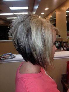 Looking for stunning inverted bob hairstyles to change things up? Find a full photo gallery of inverted bob hairstyles to get some ideas. Short Stacked Haircuts, Inverted Bob Hairstyles, 2015 Hairstyles, Short Hairstyles For Women, Short Hair Cuts, Trendy Haircuts, Hairstyles Pictures, Short Angled Bobs, Haircut Pictures