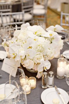 These orchids are one of my faves. So crisp & clean and perfectly complement the roses & peonies.