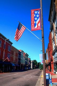 MAIN STREET, PADUCAH, KY - The 6 Cutest Main Streets in America  via @PureWow