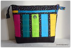 Jak uszyć kosmetyczkę z zamkiem?   Szmatki Małgorzatki Diaper Bag, Bags, Etsy, Pockets, Scrappy Quilts, Handbags, Diaper Bags, Mothers Bag, Bag