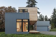 A Prefab Home on Washington's Puget Sound
