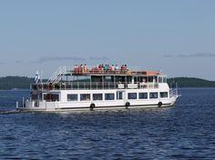 Cruises on Lake Kalavesi.