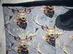 Lekkere gevoerde cirkelsjaal gemaakt Moose Art, Animals, Animales, Animaux, Animal Memes, Animal, Animais, Dieren