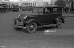 Parking of cars at hotel 'Metropol', A kind on the Big theatre, Moscow, 1933. (Photo by Aleksandr Grinberg/FotoSoyuz/Getty Images)