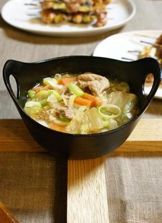 Tonjiru, Pork and Rich Vegetable Miso Soup in NanbuTekki Iron Pot, Japanese Winter Comfort Dish|南部鉄器で豚汁