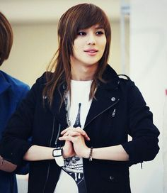 I adore this hairstyle on him (3 [ SHINee's Taemin]