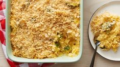 Cheesy broccoli-rice bake ready in less than an hour. Perfect for a delicious side dish! Easy Healthy Recipes, Easy Dinner Recipes, Easy Meals, Cheap Meals, Healthy Dinners, Dinner Ideas, Dinners For Kids, Kids Meals, Cheesy Broccoli Rice