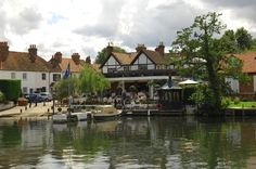 Henley on Thames favorite place to shop for antiques!