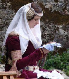 circlet and veil