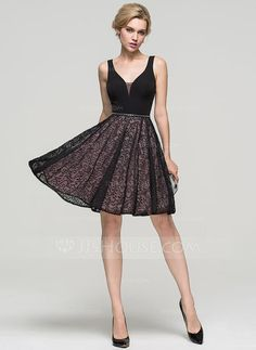 [US$ 101.69] A-Line/Princess V-neck Knee-Length Lace Cocktail Dress With Beading (016094595)