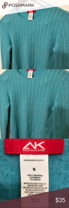 W sz8 100% cashmere sweater Ann Klein excellent!! Beautiful cashmere sweater by and climb in excellent condition. No rips tears or stains. The color is green although it looks blue in the pictures. Ann Klien Sweaters