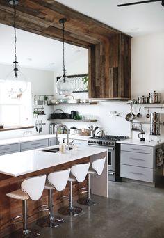 Fantastic modern farmhouse kitchen Ideas and Design Part 13 ; farmhouse kitchen on a budget; Kitchen Sink Design, Farmhouse Sink Kitchen, Home Decor Kitchen, Rustic Kitchen, Interior Design Kitchen, Modern Interior Design, New Kitchen, Kitchen Ideas, Kitchen Sinks