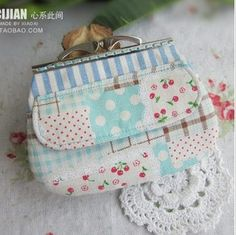 Handmade fabric material diy kit for clipping - fluid plaid strawberry patchwork the mouth gold package multicolor metal frame