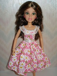 Liv doll clothes Handmade daisy print liv by TheDesigningRose Liv Dolls, Beautiful Dolls, Monster High, Fashion Dolls, Barbie Dolls, Spin, Cute Dresses, Doll Clothes, Daisy