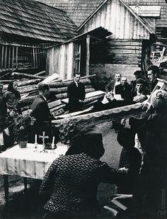 Martin Martinček: Liptov cyklus čiernobielych fotografií 15ks:1966 - 1970 Folk Art, Monochrome, Westerns, Studios, Photography, Travel, Life, Author, Lens