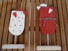 2 Landhaus Holzhühner Berta + Mia, FREIE FARBWAHL von Sternenzauber auf DaWanda.com