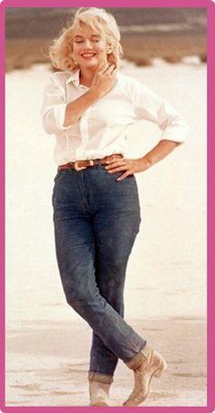 Marilyn Monroe Measurements Marilyn Monroe Plastic Surgery #MarilynMonroeplasticsurgery #MarilynMonroe #gossipmagazines