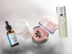 Protect your skin from ozone and air pollution with antioxidants found in these products. SkinCeuticals KARYNG by Dr. Karyn Grossman The Organic Pharmacy Decléor : Tucker & Hossler #luxurycard #luxurymagazine #goldcard #blackcard #titaniumcard #lifewithoutlimits #cardmembersonly #vip #luxury #skincare #beauty #antioxidants #karyng #theorganicpharmacy #decleor #skinceuticals #skin #face #protectyourskin #skincream #retinol #retinolserum #hydration #facial