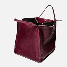 CRACKED LEATHER BUCKET BAG from Zara Clothing, Shoes & Jewelry - Women - handmade handbags & accessories - http://amzn.to/2kdX3h7