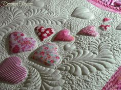 The Nifty Stitcher: Blogger Quilt Festival - Spring 2014