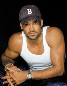 Shemar Moore...that's a pretty man.