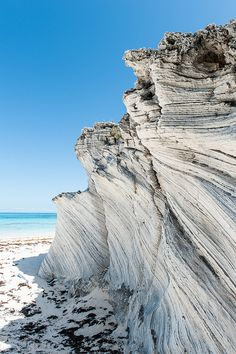 Lighthouse Beach Cliffs - Eleuthera Bahamas - Ive been here. Ive also been to Hawaii. And this beach is the prettiest I have Ever seen. <3