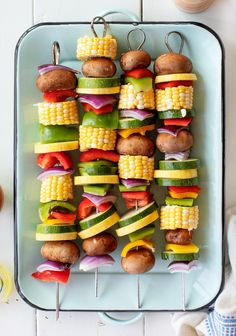 Grilled Vegetables Recipe - Love and Lemons Learn how to make the best grilled vegetables with this easy kabob recipe! Serve them as a simple, flavor-packed cookout side, or top them with a yummy sauce and make them a meal on their own. Grilled Vegetable Kabobs, Best Grilled Vegetables, Grilled Vegetable Recipes, Veggie Kabobs, Vegetarian Kabobs, Vegetarian Entrees, Vegan Vegetarian, Vegetarian Grilling, Vegan Food