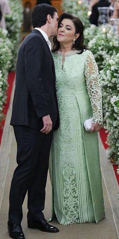 Excellent Mother Of The Groom Dresses ★ #bridalgown #weddingdress Mother Of Groom Outfits, Mother Of The Bride Dresses Long, Mothers Dresses, Evening Dresses With Sleeves, Evening Dresses Plus Size, Mob Dresses, Wedding Dress Bustle, Wedding Dresses, Latest African Fashion Dresses