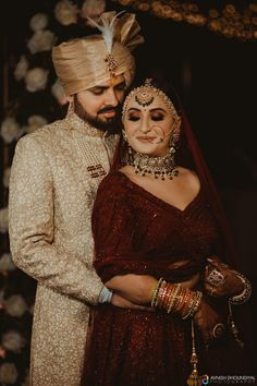 Indian Bridal Photos, Indian Bridal Outfits, Indian Bridal Fashion, Indian Fashion Dresses, Couple Wedding Dress, Indian Wedding Couple Photography, Bridal Lehenga Collection, Bridal Photoshoot, Indian Bride And Groom