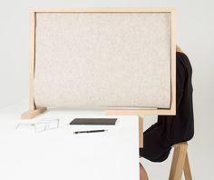 Pierre-Emmanuel Vandeputte designs desk divider for isolation
