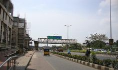 New plan to build Foot Over Bridge that makes ease the pedestrians to cross through East Coast Road and reach the west avenue bus stop. #CityUpdates #ChennaiUngalKaiyil.