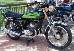 Kawasaki Triples: The Kawasaki 500 H1 Mach 111.