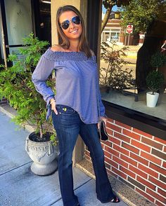 Off the shoulder top and bootcut Yoga Jeans!