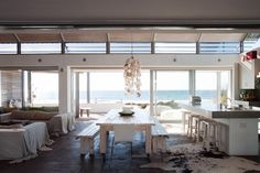 Uninterrupted sea views might distract you in this amazing kitchen- Brittannia Bay http://www.perfecthideaways.co.za/beach-accomodation/britannia-bay #beachhouse #beach #accommodation #capetown