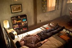 Bates Motel Pictures - A Gothic Interior, Interior Design, Bates Motel House, Bates Hotel, Norman Bates, Couch, Bed, Room, Freddie Highmore