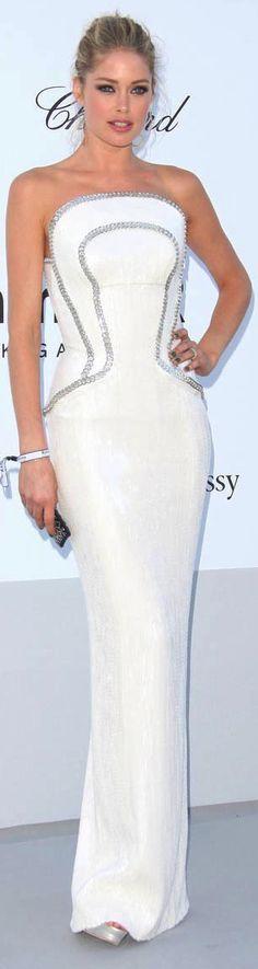 Dautzen Kores in Versace