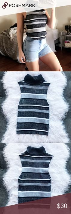 "💠Kendall + Kylie turtleneck sweater NWT💠 NEW WITH TAGS  Shoulders: 12"" Pit to pit: 12"" Length: 20.5""  No trades Fast shipping  🔘G12 Kendall & Kylie Sweaters Cowl & Turtlenecks"