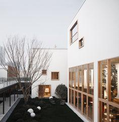 Gallery of Liuxiang Garden Life Experience Pavilion / gad - 1