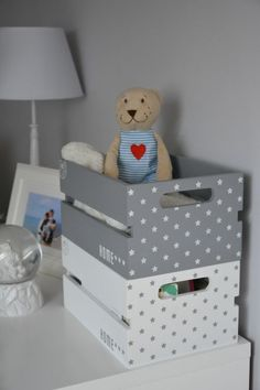 Love the storage baskets with stars! Great for kids room in stars! Mamawszpilkach.pl