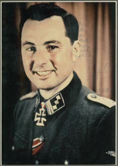 SS-Standartenführer Leon Degrelle  http://www.historicalwarmilitariaforum.com/topic/6937-ritterkreuztr%C3%A4ger-photos-in-color-thread/page-3