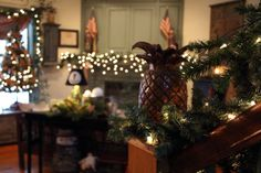 Handcrafted by Michelle: Holiday House Tour