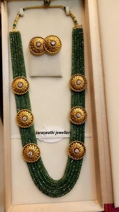 something so new yet too traditional jewellery long neckpiece Gold Earrings Designs, Gold Jewellery Design, Bead Jewellery, Gold Jewelry, Beaded Jewelry, Necklace Designs, Quartz Jewelry, Pearl Jewelry, Jewellery Sketches