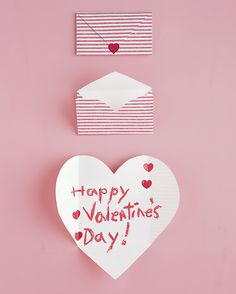 Valentine's Day Ideas: Folded Heart Envelope DIY