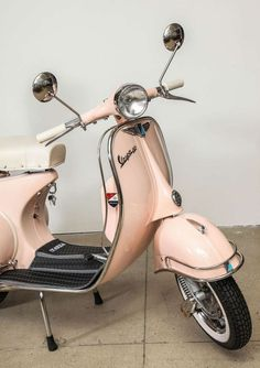 Fully restored 1963 pink vintage Italian   Piaggio Vespa with white leather. #vespa #travelitaly