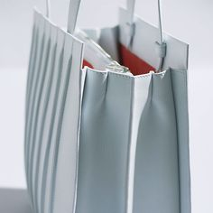 "Max Mara ""Whitney Bag"" detail"