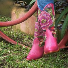 Pink cowboy boots! Designed by our client & handcrafted by Coleccion Luna artisans in Antigua, Guatemala. Get your custom made & one of a kind pair: www.coleccionluna.com