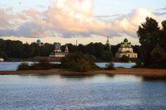 Компания Турфлот приглашает Вас в круиз на теплоходе «Адмирал Кузнецов» с 01.06.15 по 05.06.15 круиз пройдет по маршруту: Москва - Калязин - Весьегонск - УГЛИЧ - Москва Вас ждут замечательные экскурсии, красивая природа, прекрасная река. Экскурсионная программа очень интересна и разнообразна. Каждый город маршрута оставит много приятных впечатлений и воспоминаний!