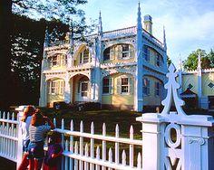 Wedding Cake House,  Kennebunk, Maine, seen it!