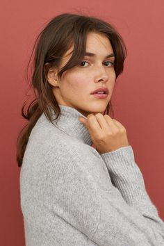 75 Cute Bob Haircuts and Hairstyles Inspired 2019 - Hairstyles Trends Short Brown Hair, Light Brown Hair, Brown Hair Bangs, Soft Bangs, Hair Inspo, Hair Inspiration, Cabelo Inspo, Medium Hair Styles, Hair And Beauty